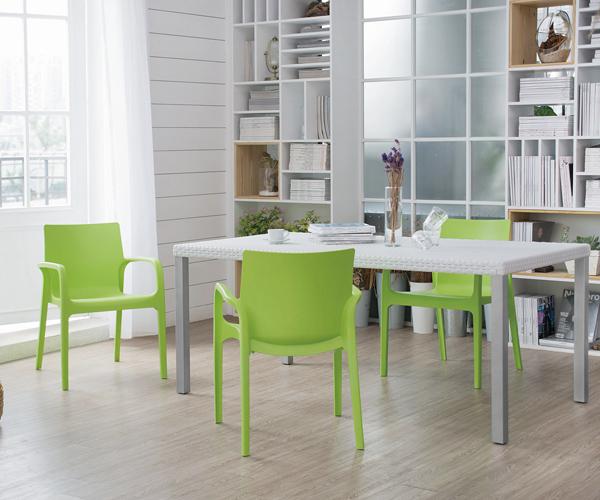 Silla Maui de Offiho, sillas italianas, muebles para hogar, muebles para exteriores, muebles para proyectos comerciales y residenciales