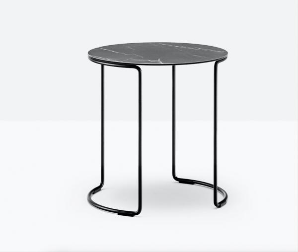 Mesa Circuit 42x45 de Pedrali, Mesas italianas, mesa diseñada por Pedrali R&D, mesas laterales, mesas para sala, mesas para hogar, mesas con acabado mármol, mesas bajas, muebles de Pedrali